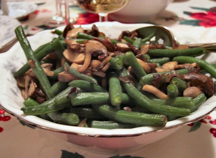 Hot Green Bean and Mushroom Salad picture