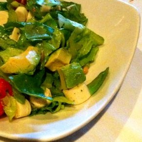 Green Salad with Avocado picture