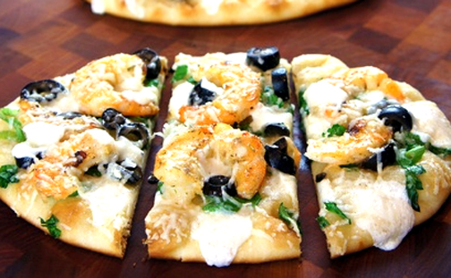 White Pizza with Grilled Shrimp picture