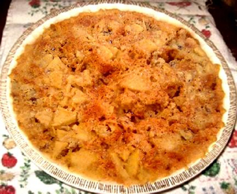 Honey Apple Pie picture