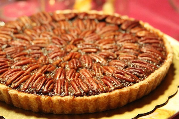 Honey Pecan Pie picture