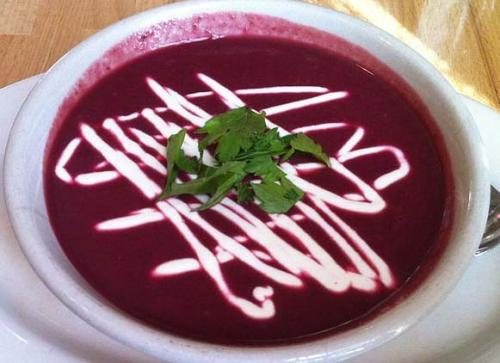 Beetroot Beet Soup With Red Wine picture