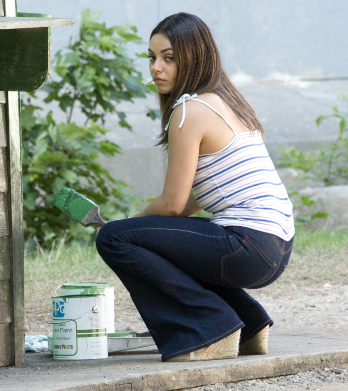 Mila Kunis in the sets of Blood Ties