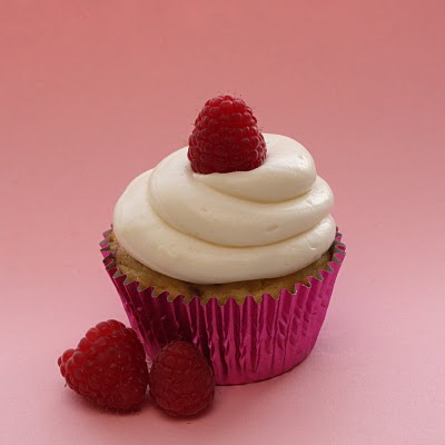 Raspberry Cheese Cupcake