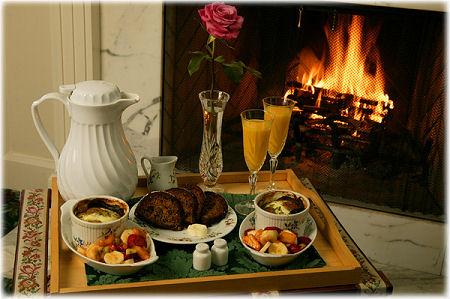breakfast_in bed tray
