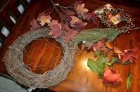 Making grape wreath