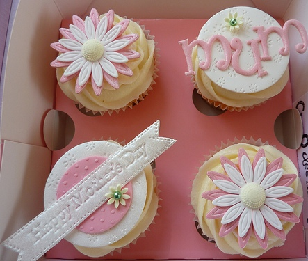 Mothers' Day Cupcake
