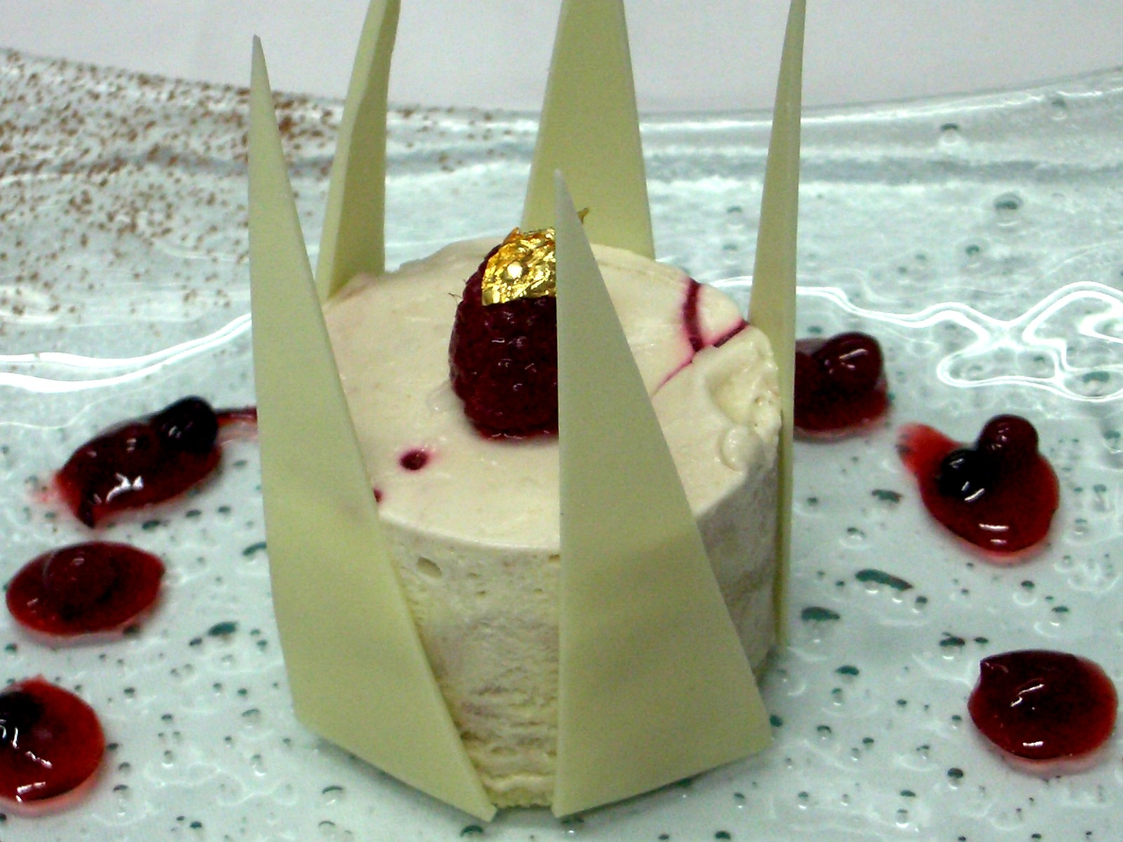 Raspberry And White Chocolate Parfait - Dessert In Thanksgiving Menu