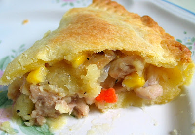 Chicken pie can be frozen in an airtight container