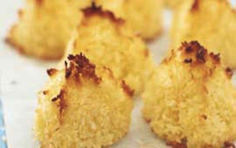 Crunchy Memorial Day Menu Dessert - Coconut Macaroons