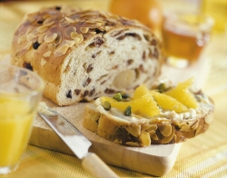 Dutch paasbrood