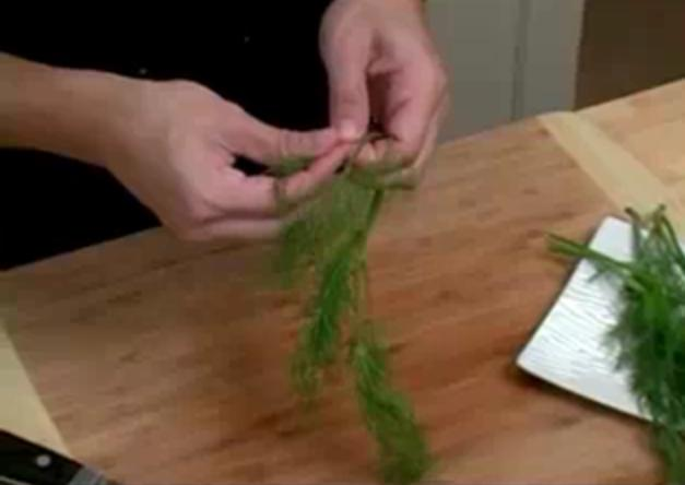 how to Remove dill from stem