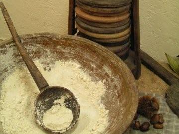 Neccio Flour or Farina di Neccio della Garfagnana, is the traditional chestnut flour from Tuscany