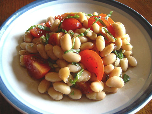 Healthy bean dish with vegetables