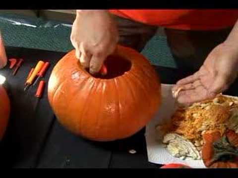 making jack-o lantern for one blast of a halloween