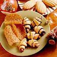 walnut-cinnamon-rugelach
