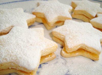 Apricot Sandwich Cookies