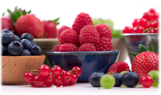 Polyphenol rich food reduces the risk of cancer and heart disease
