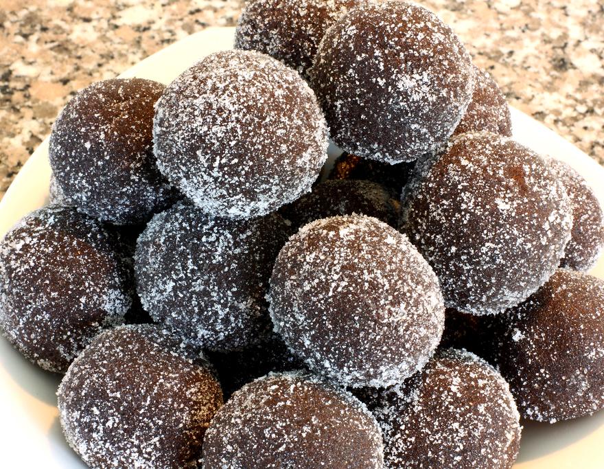 Chocolate Rum Balls Recipe by sweet.chef | iFood.tv