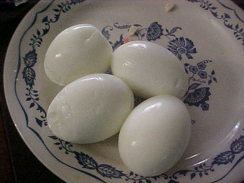 Peeled eggs before storing