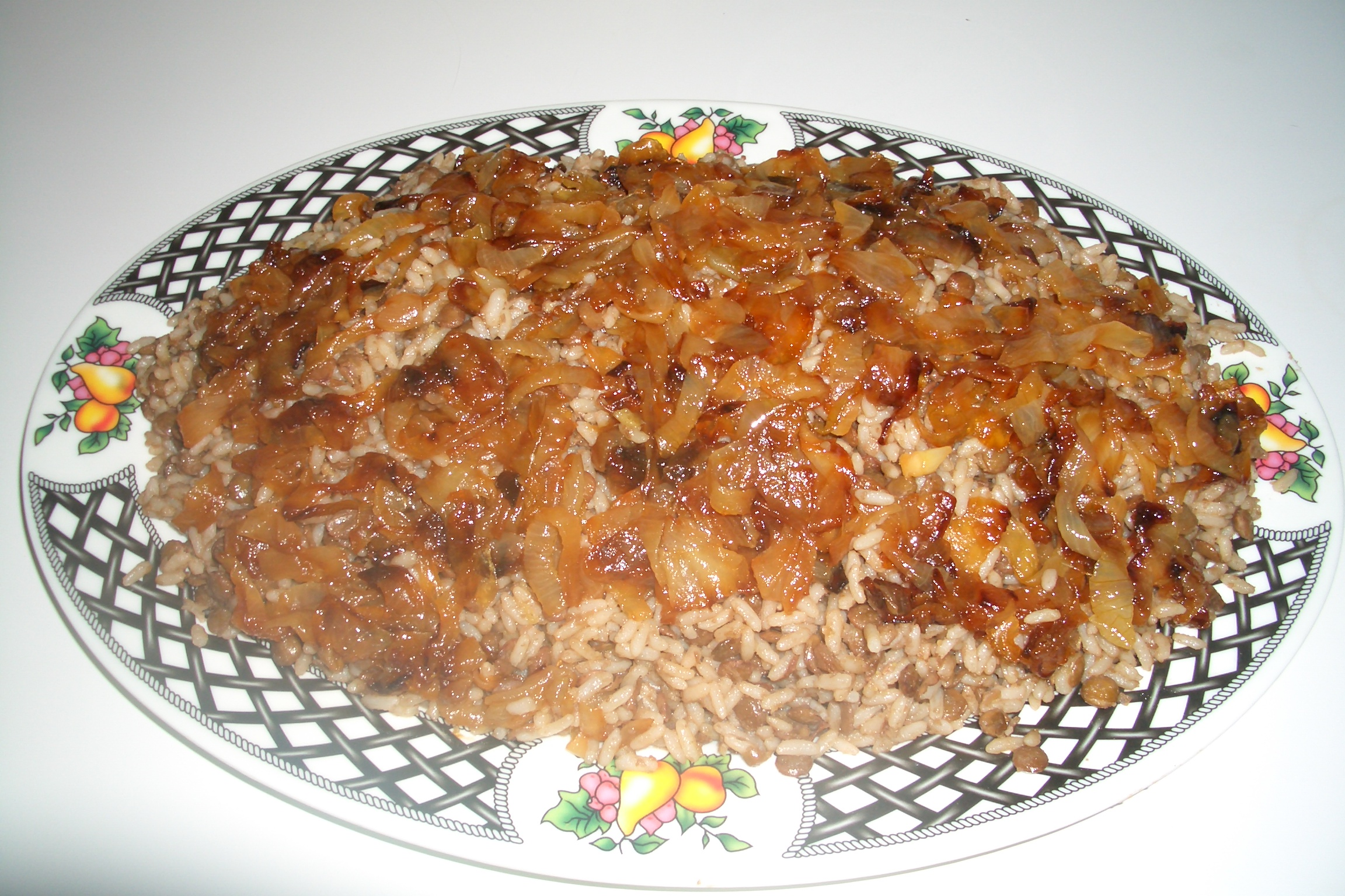 Mjeddrah is a common, yet, an extremely nutritious dish from the Lebanese cuisine.