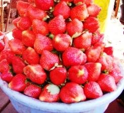 Strawberry Garnish Ideas