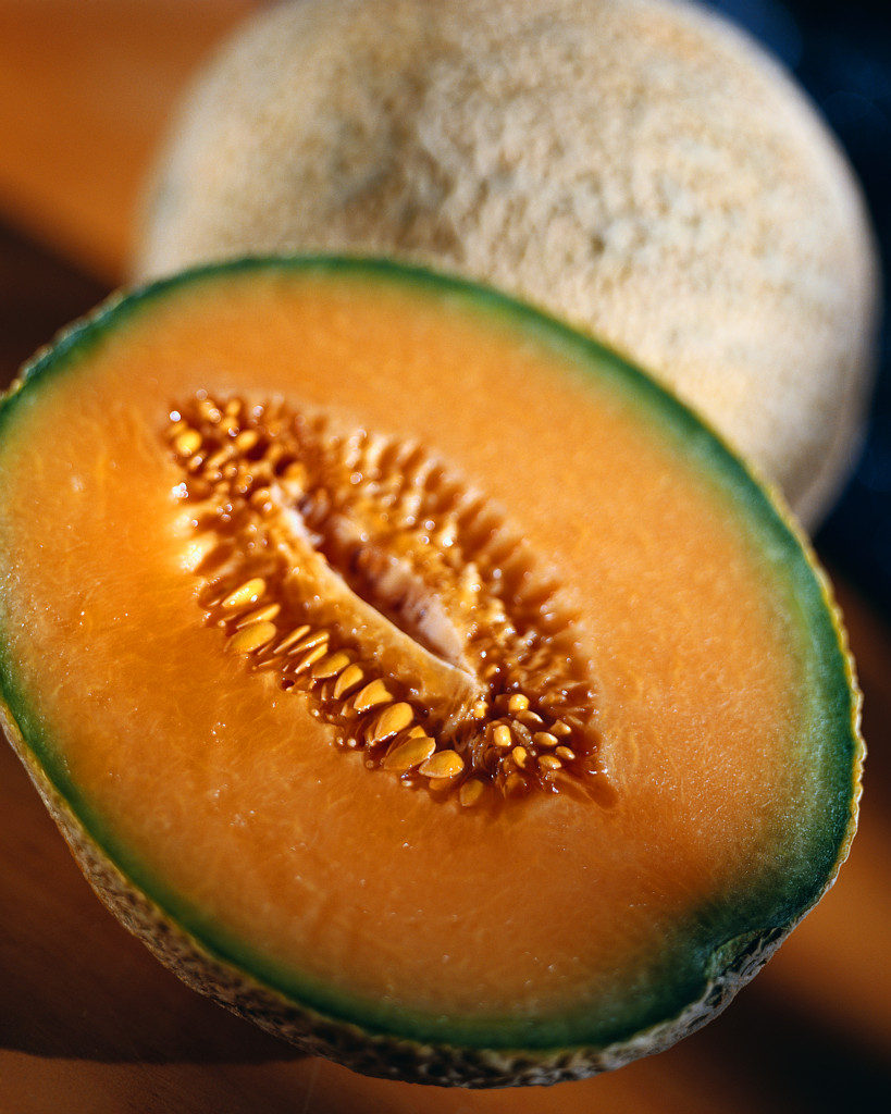 Emergency Warning : 13 people die eating Cantaloupe in USA