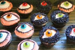 Eyeball Cupcakes — Halloween Treats