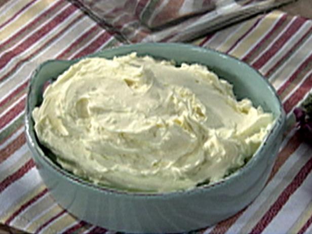 churn butter