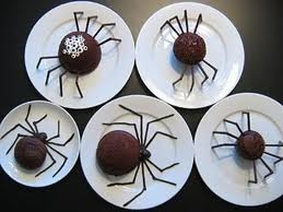 Creepy Spider Cakes — Creepy Halloween Meal