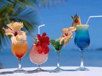 Select a theme drink menu for your party - tropical drinks