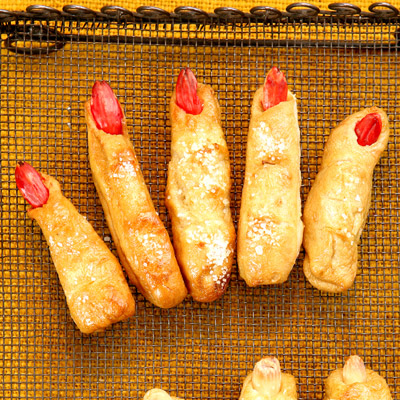 Pretzels, or ladies' fingers?