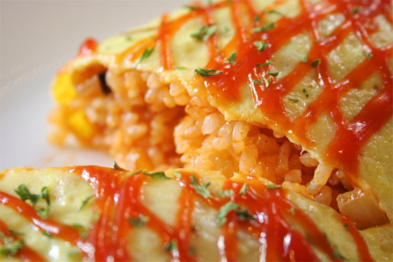 Omurice - eating Japanese rice omelette