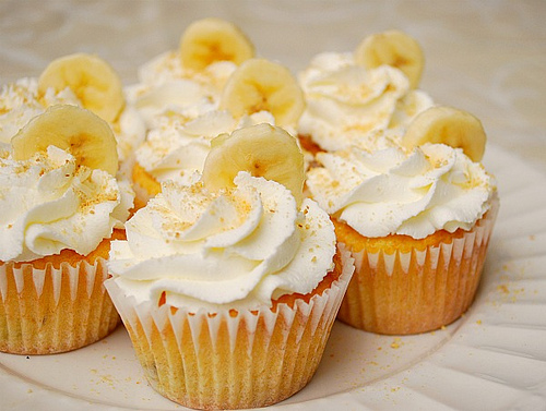 Hazelnut Banana Cupcake