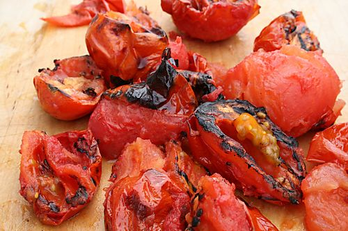 Grilled tomatoes are ready to be served