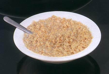 Have oatmeal at least once a day to have a flat stomach