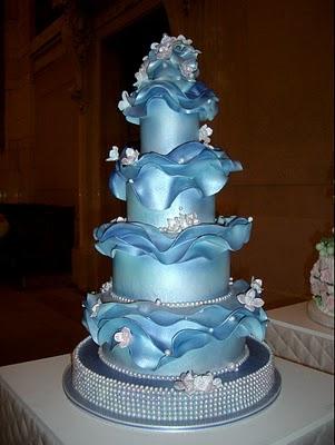 Shining Blue Wedding Cake
