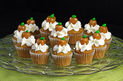 Easy Mayonnaise Cupcake Ideas by festivalfoods | iFood.tv