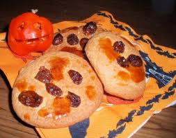 Soul Cakes with Raisins