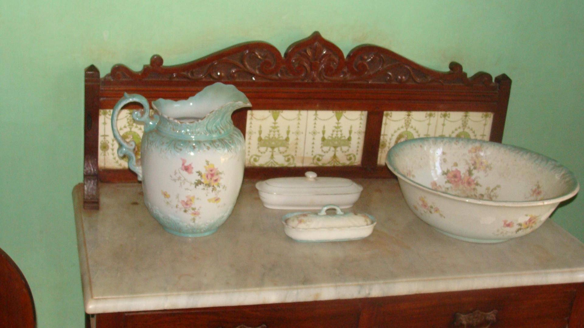 Old goan wash basin