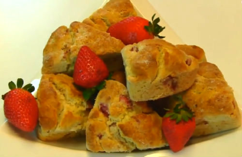 Strawberry scone
