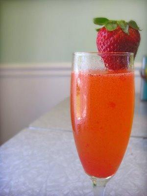 Virgin Strawberry Bellinis