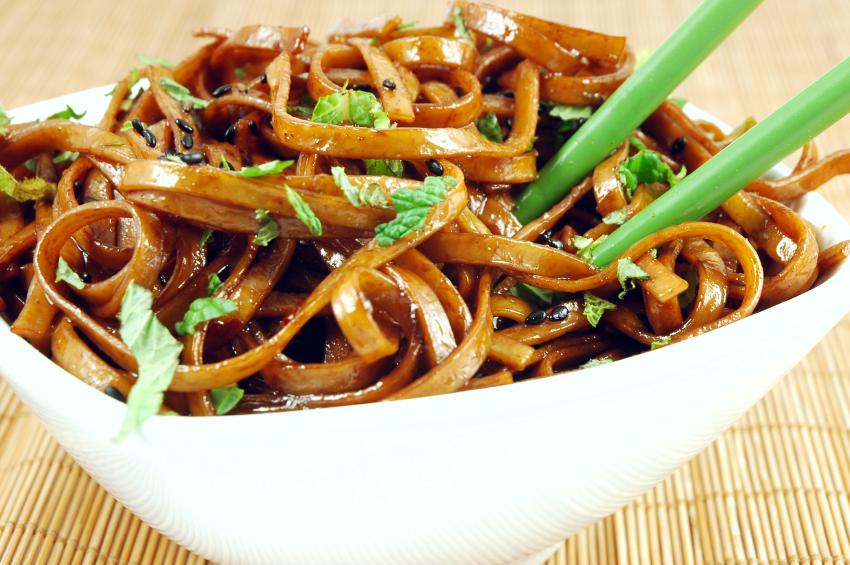 tomatos noodles