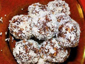 Moroccan coconut truffles as a dessert