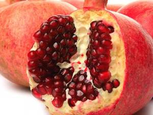 Remove pomegranate stain