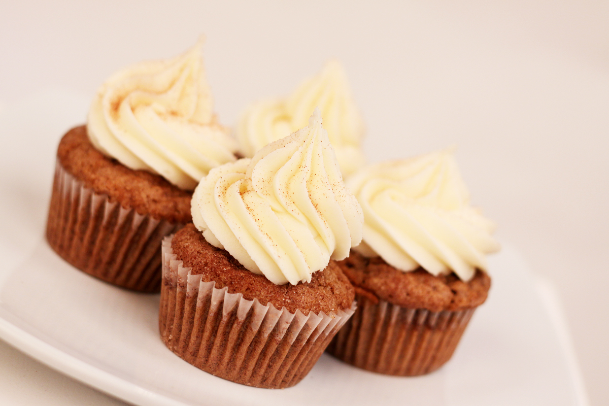 Apple Cinnamon Cupcake With Cream Cheese Frosting