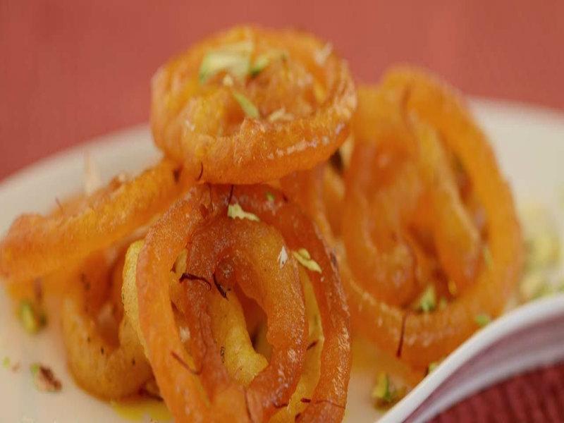 Jalebi By Tarla Dalal Recipe Video by Tarla.Dalal | iFood.tv