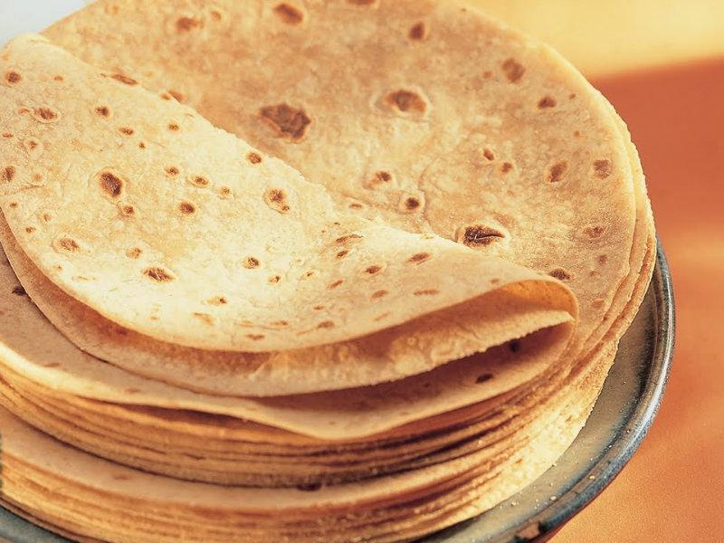 Roti by tarla dalal recipe video by tarla dalal for Roti food bar