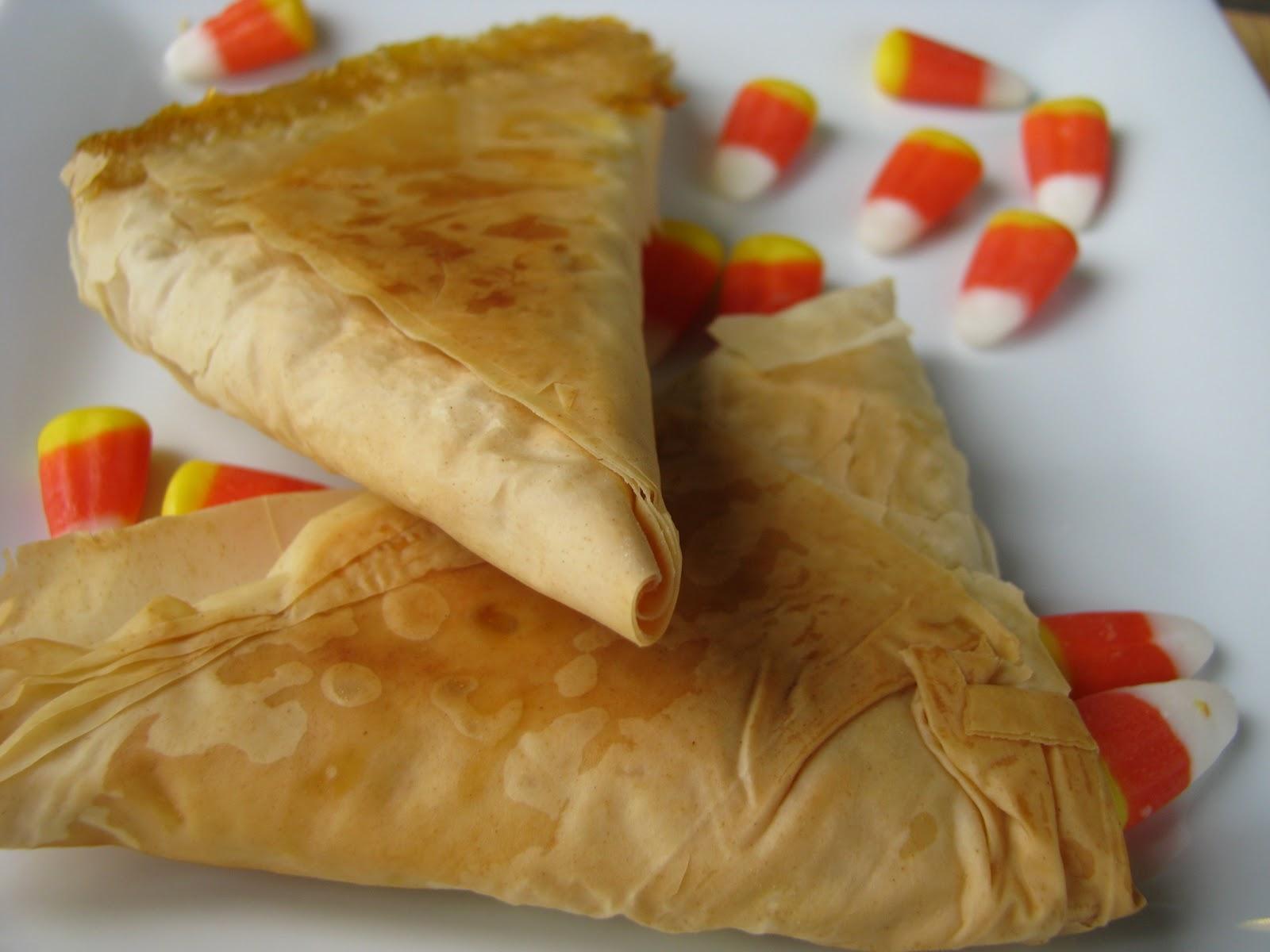 Pistachio Pudding Samosa