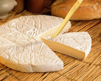 Tips on how to serve brie cheese